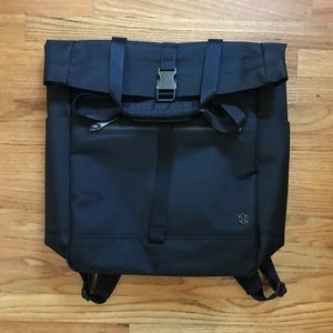 Lululemon convertible tote/backpack